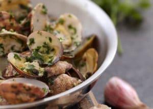 recette palourdes cuites vin blanc persil échalote